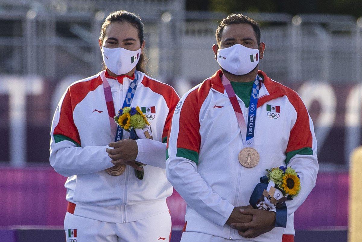 Primera medalla de México en Tokio 2020; bronce en tiro con arco mixto