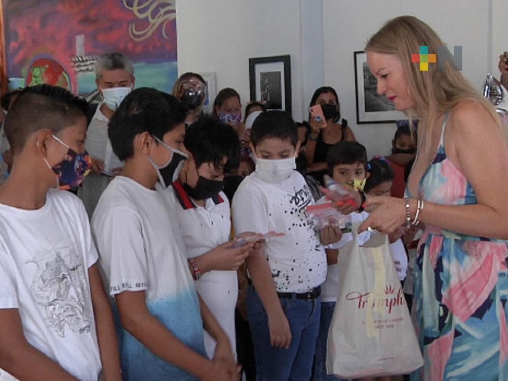 Empresarios de Suiza donan aparatos auditivos a comunidad sorda de Veracruz, a través de Fundación ADEMM