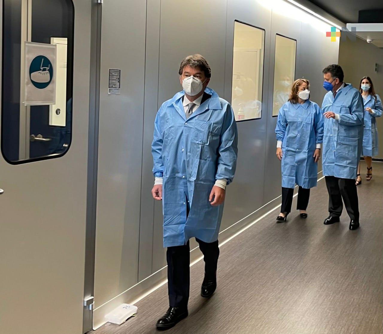 SRE sostiene conversaciones en Italia para la posible producción de una nueva vacuna contra la Covid-19 en México
