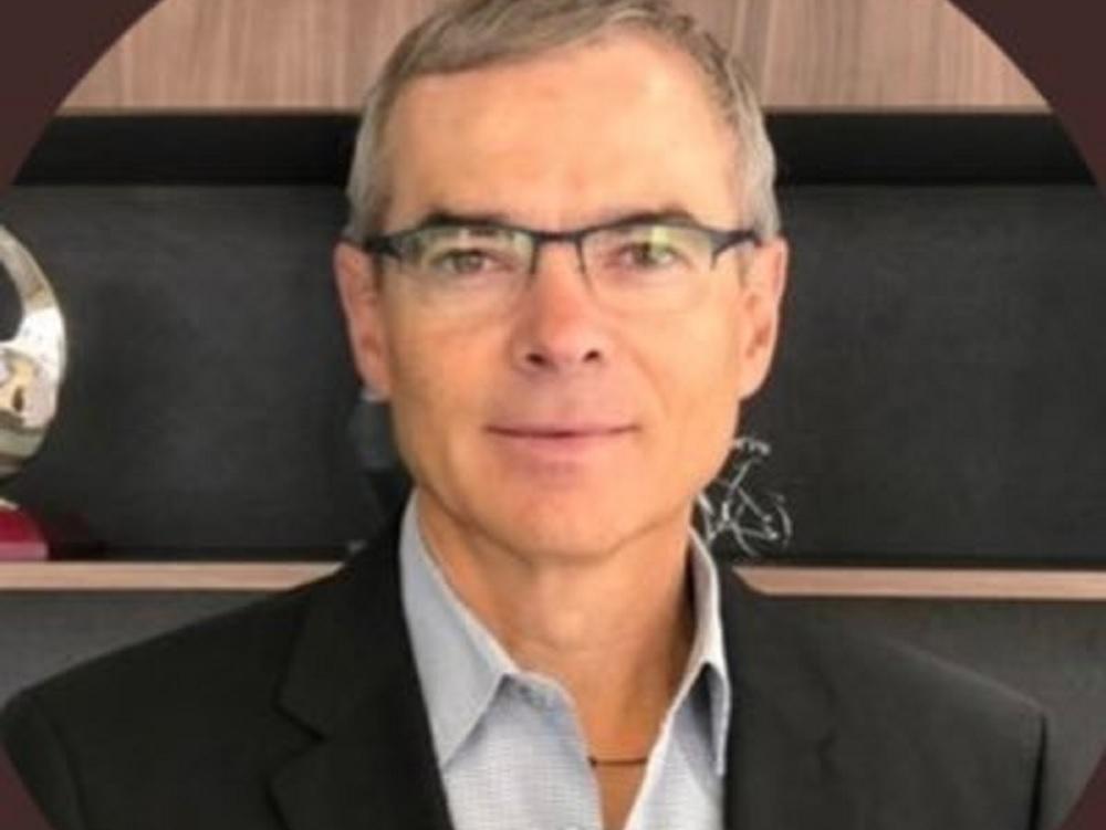 Sin aumento a impuestos y reducir IVA, propuestas de Juan Carlos Pérez Góngora para presidir Canaco nacional