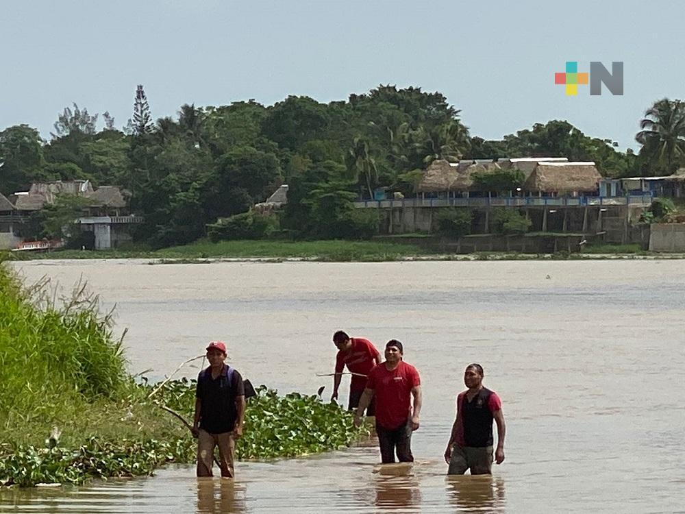 Buscan a menor de edad que fue arrastrado por corriente de río Coatzacoalcos