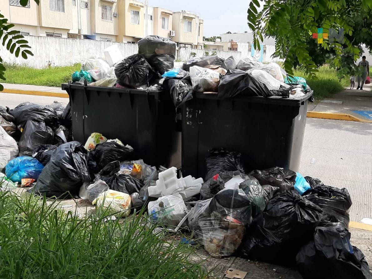 Sin quedar resuelto problema de basura en fraccionamiento de Medellín de Bravo