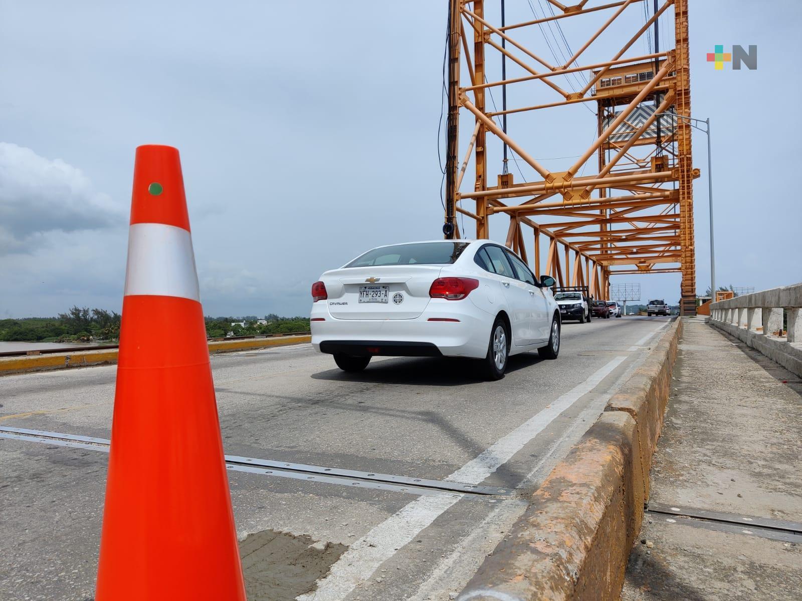 En fin de semana realizaron mantenimiento en puente Coatzacoalcos I