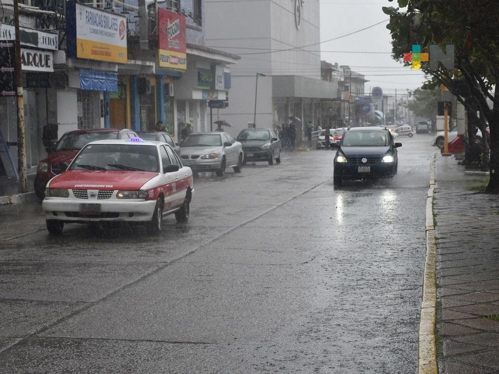 Continuarán lluvias y tormentas por la tarde-noche en zona montañosa de Veracruz