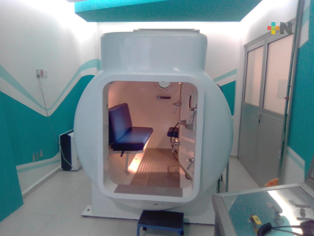 Cámara hiperbárica ayuda a cicatrizar más rápido