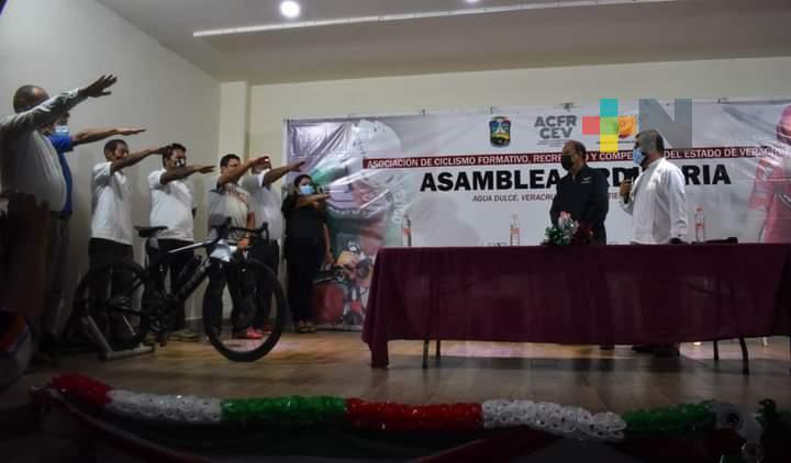 Reeligen a Reynaldo González como titular de la Asociación de Ciclismo Estatal