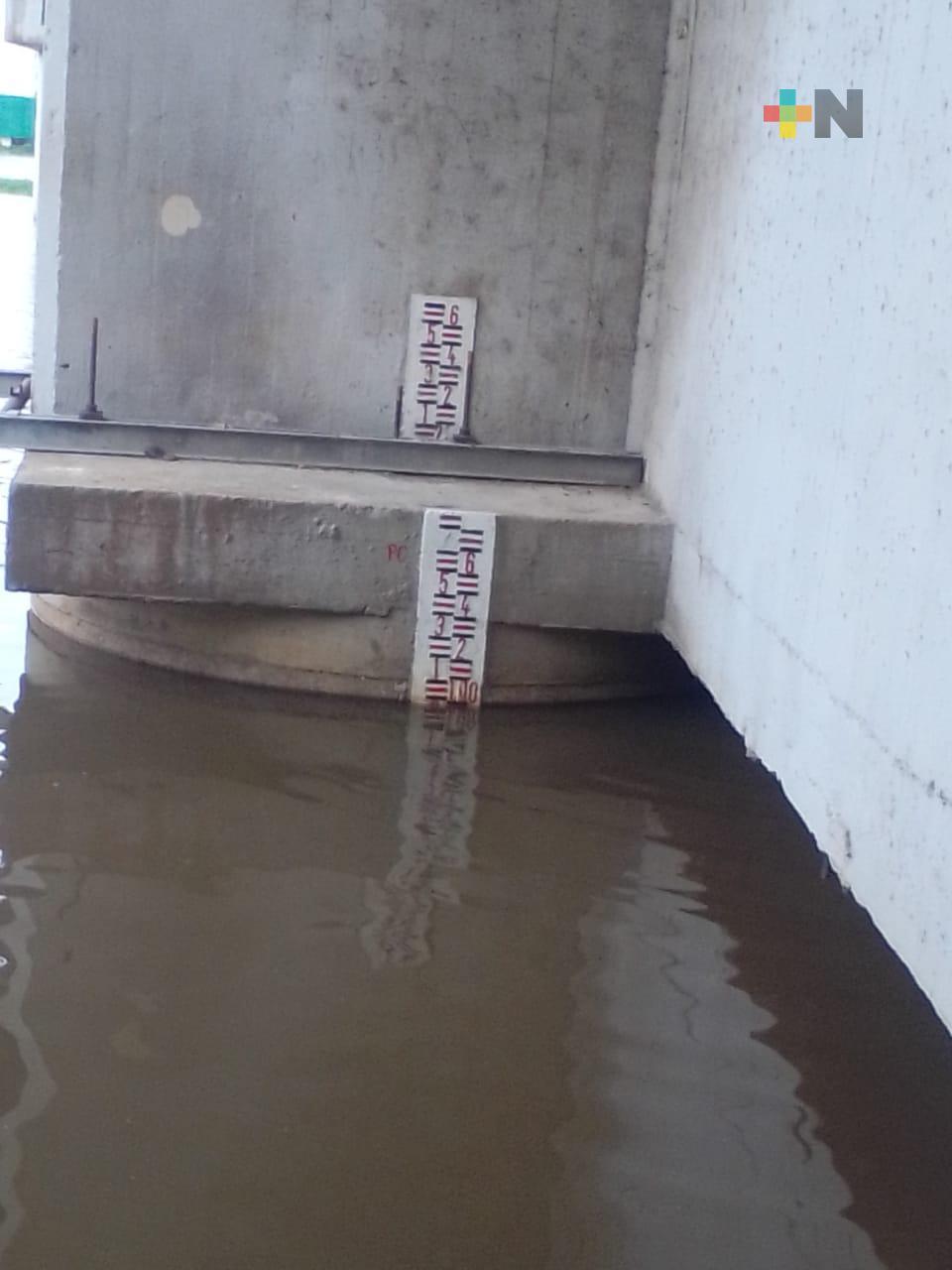 Se mantiene monitoreo en ríos Calzadas y Coatzacoalcos ante posible escurrimiento