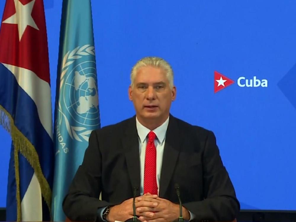 Presidente de Cuba criticó distribución de vacunas de COVID-19
