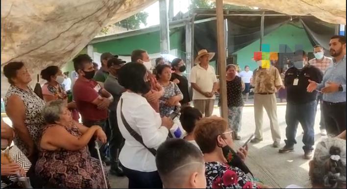 Por falta de agua, pobladores de Peñuela bloquearon carretera Córdoba-Veracruz