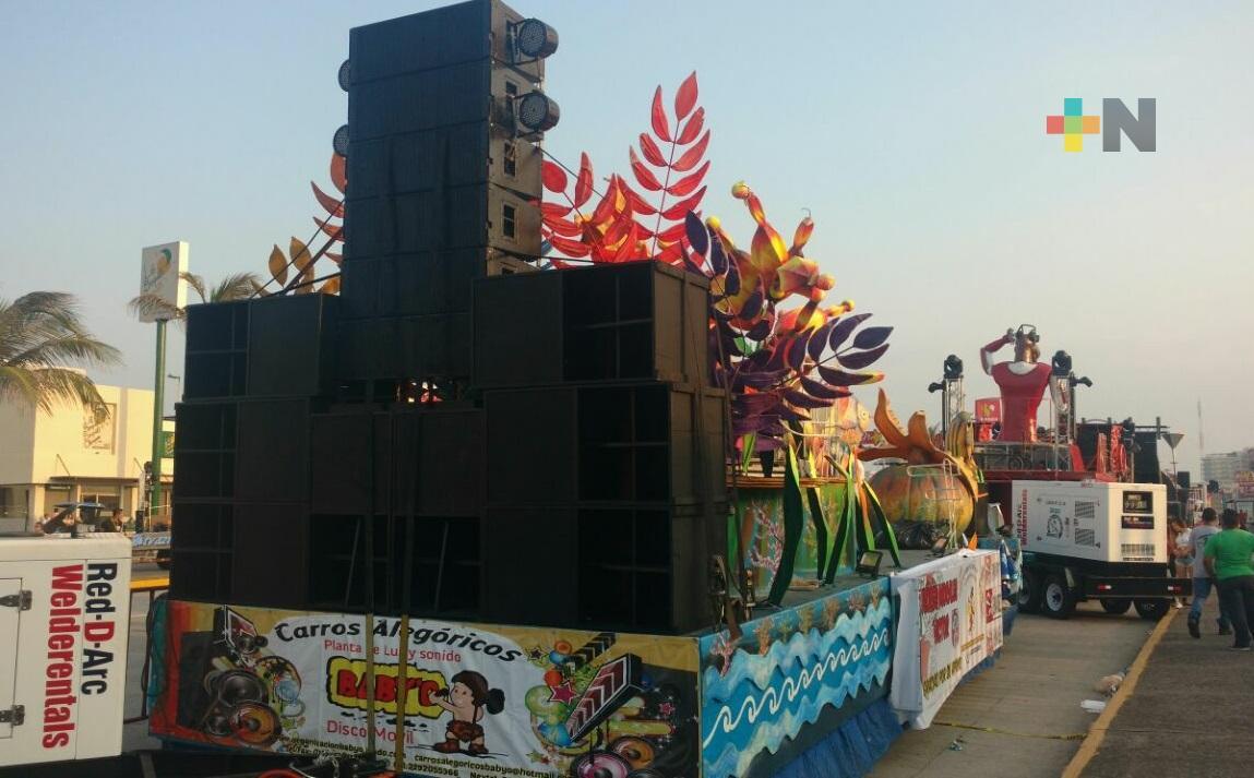 Exigen proveedores locales audiovisuales ser parte del Carnaval de Veracruz 2022