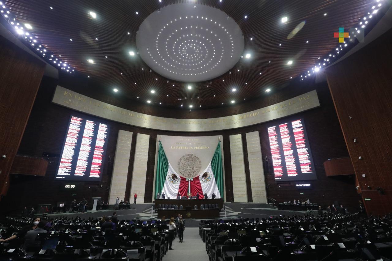 DOF publica decreto por el que se inscribe con Letras de Oro en el Muro de Honor del Salón de Sesiones de la Cámara de Diputados «2021, Bicentenario de la Armada de México»