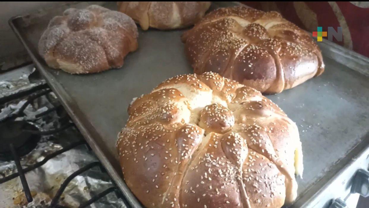 «El Pan de la Abuela», 25 años de venta continúa de pan de muerto