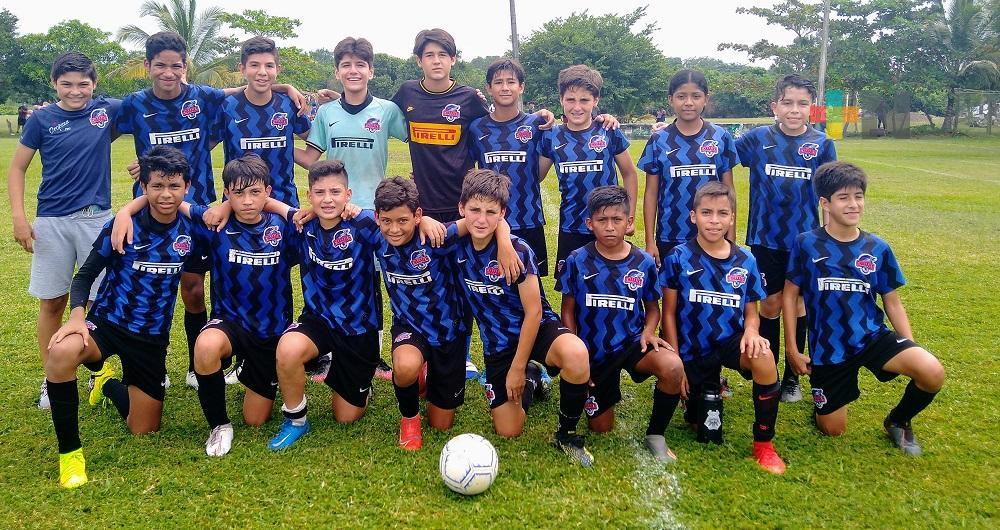 «Charales» refrescan el fútbol infantil y juvenil de la zona metropolitana