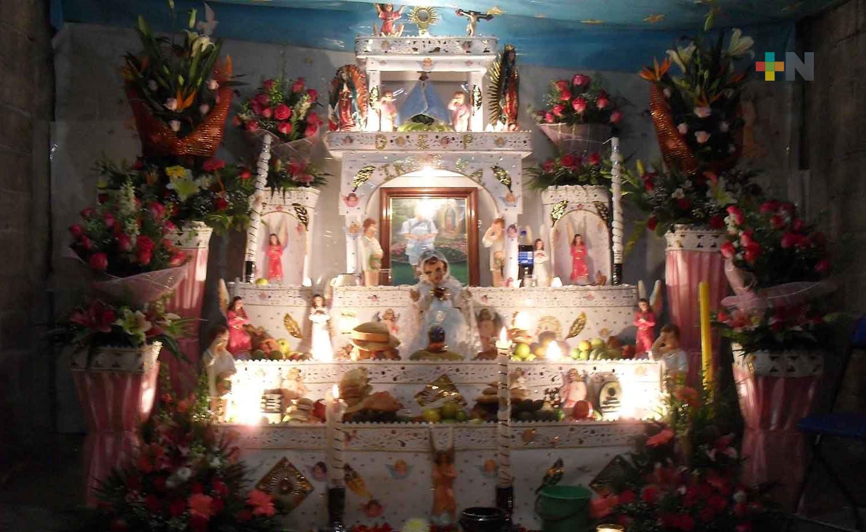 Presenta MAEV muestra de altares y ofrendas de Día de Muertos