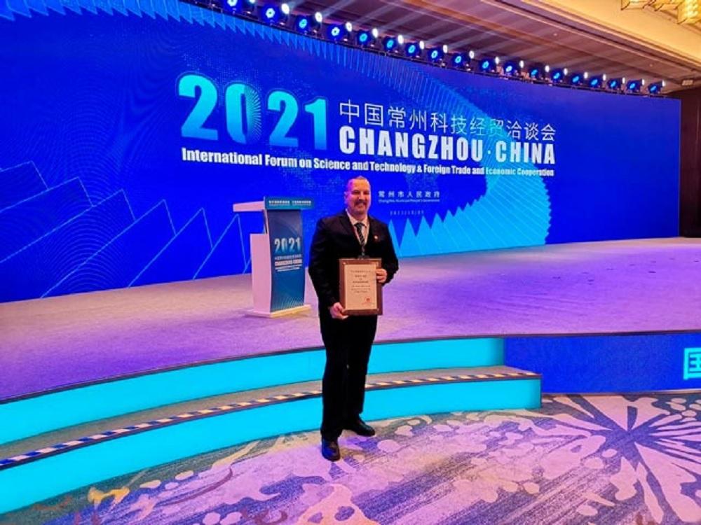 Representante de la UV en China fue nombrado Ciudadano Honorario