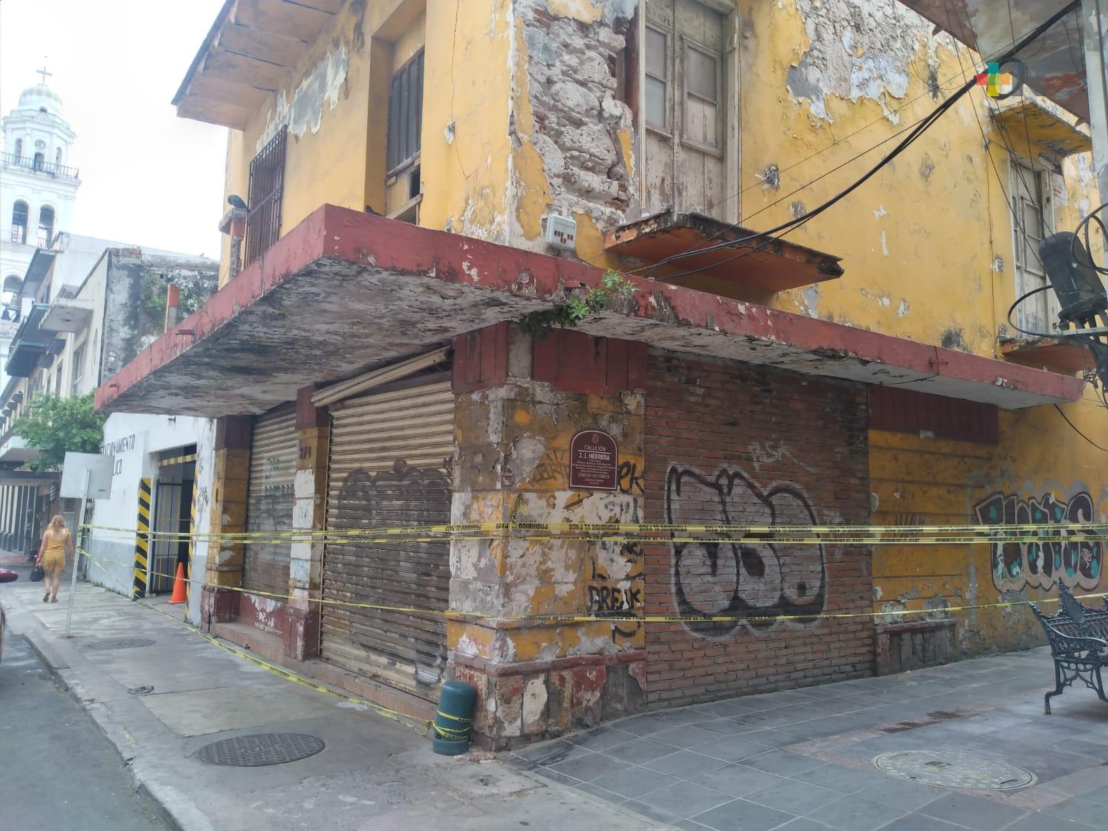 Se derrumban edificios del centro histórico de Veracruz