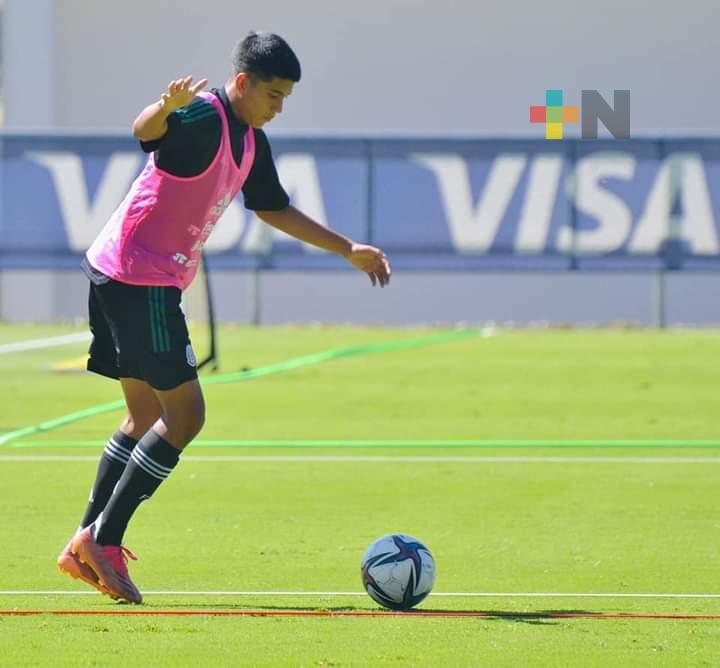 Oziel Escobedo acudió al llamado de la selección mexicana sub-18