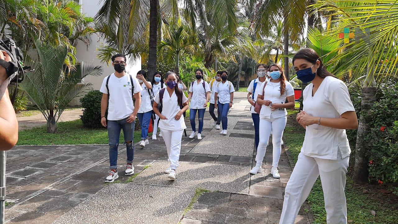 De manera escalonada, campus Mocambo de la UV regresa a clases