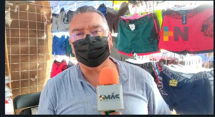 Redes sociales salvan a  tianguistas durante pandemia