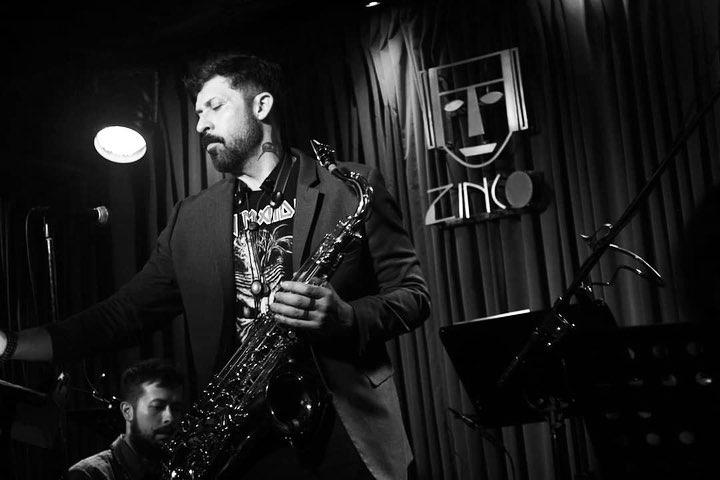 Adrián Terrazas-González, un músico versátil que brilla en la industria musical