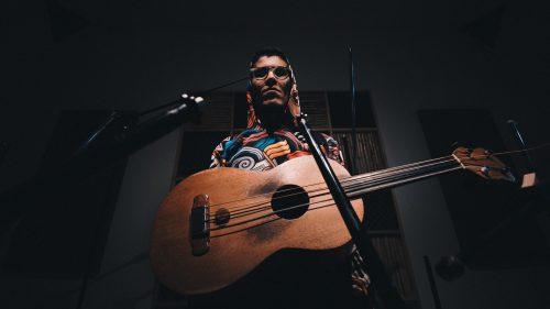 Vico Díaz, un colimense cautivado por el son jarocho