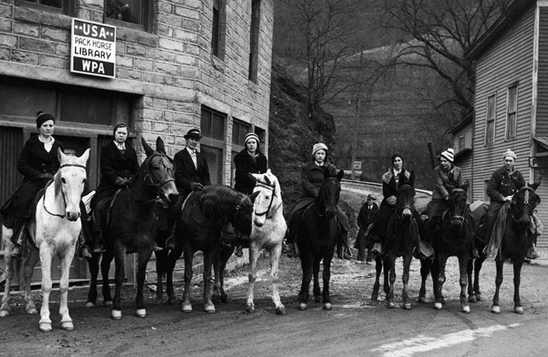 Las bibliotecarias de a caballo. Literatura para comunidades lejanas.