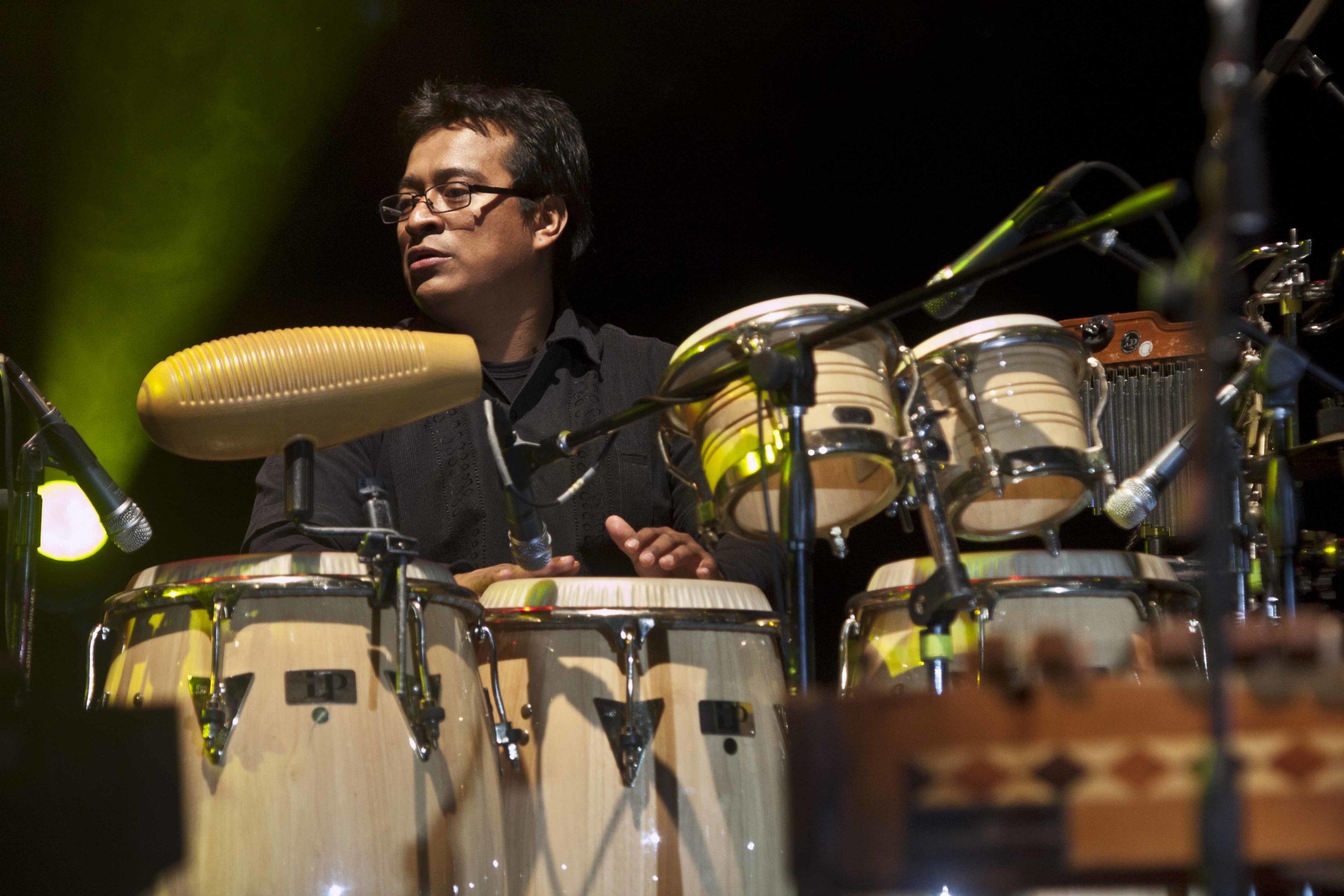 Miguel Cruz: cuando las percusiones son protagonistas