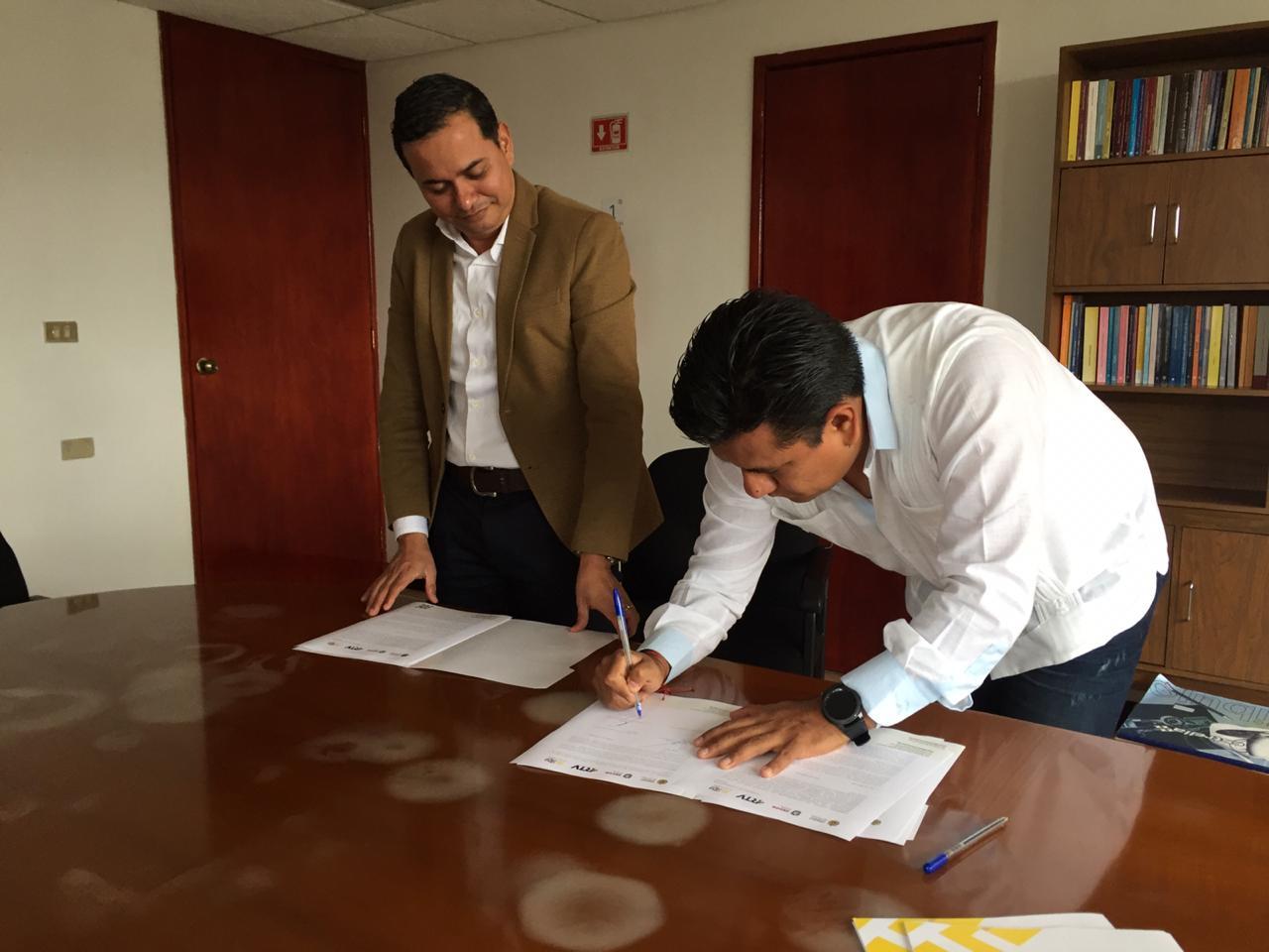 Convenio con la Editora de Gobierno del Estado de Veracruz